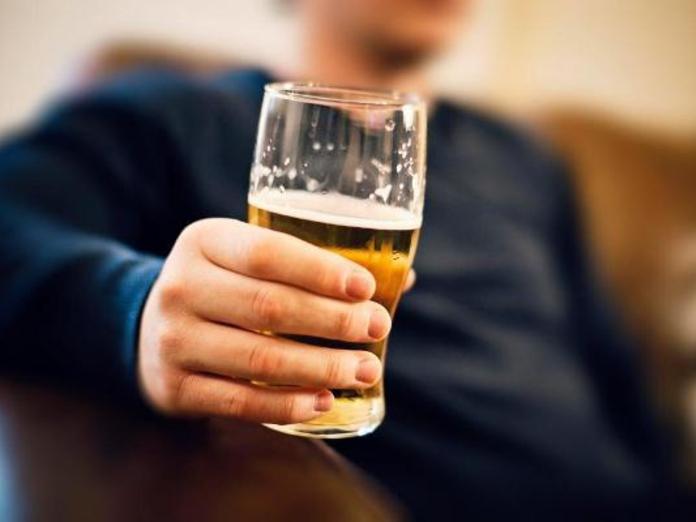 Исследователи выяснили, как алкогольные напитки влияют на аллергиков