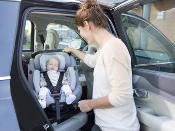 Педиатры:  сон в автокресле может быть опасен для малыша