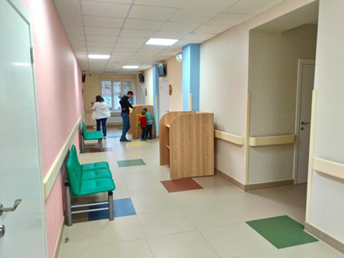 Врачи признались, что их заставляют навязывают пациентам платные услуги