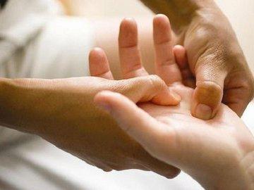 Ладошка: скорая помощь при стрессе. Видео