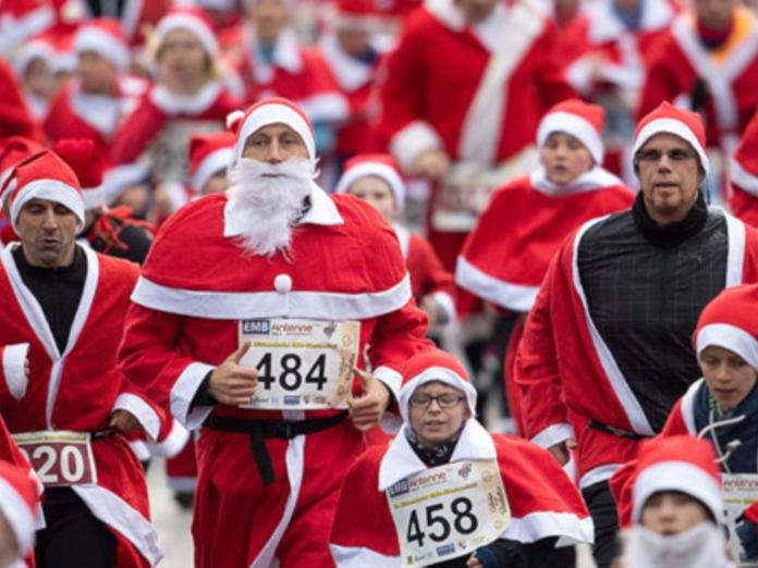 Семь тысяч Санта-Клаусов пробежали по улицам Мадрида
