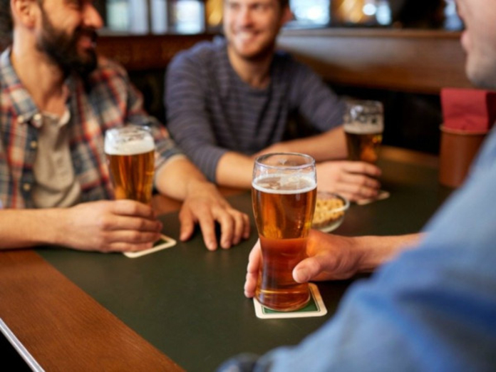 Житель Оренбурга сжег себе пищевод после глотка пива