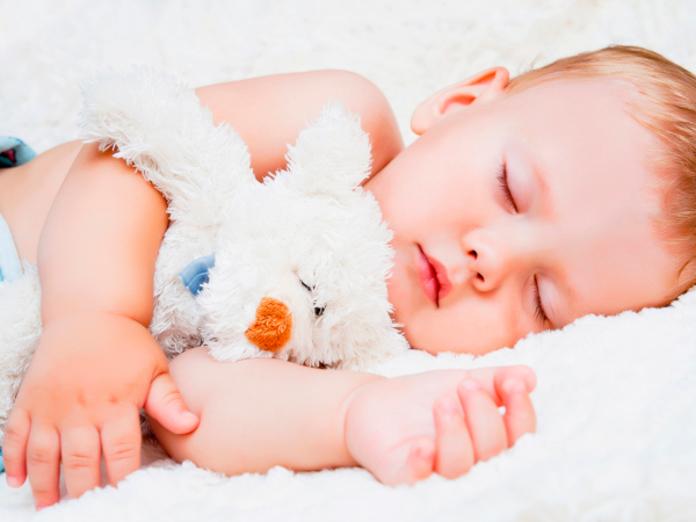 Недосып и пересып одинаково плохо влияют на здоровье человека