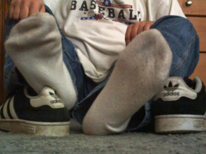 Китаец попал в больницу после того, как он понюхал собственные носки