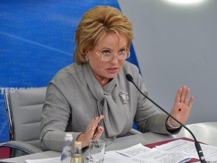 Матвиенко: выпускники медвузов должны отработать свое образование
