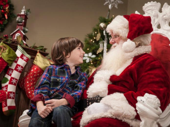 Психолог: ненужно говорить детям правду проДеда Мороза