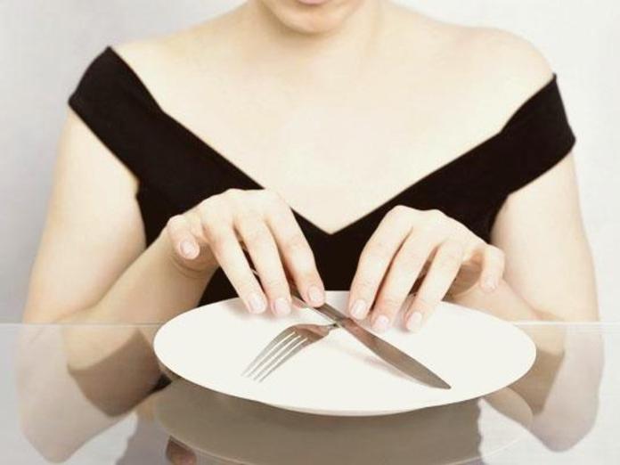 Почему интервальное голодание не помогает похудеть