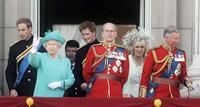 Принц Уильям рискует подпилить под собой трон