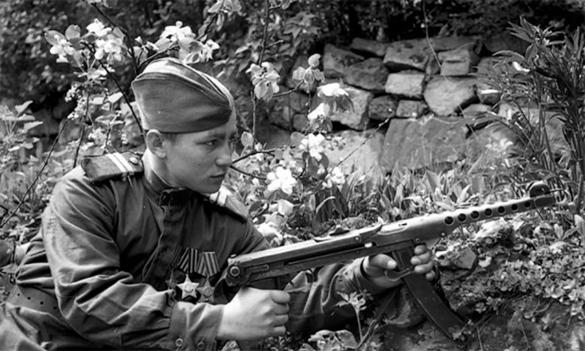 Оружие Победы: пистолет-пулемет Судаева. автомат