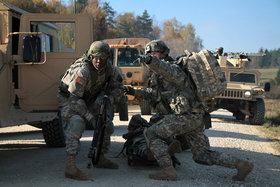 НАТО готовится к войне с Россией после учений