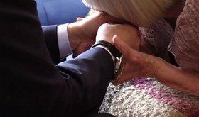 Выяснено: целовала ли Алексеева руки Путина