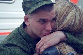 Россияне массово стремятся в армию. Почему?