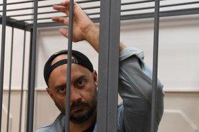 Арест, но дома: будет ли сидеть режиссер Серебренников