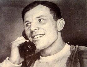 Европа и Америка забыли Гагарина: Первым в космос летал Нил Амстронг!