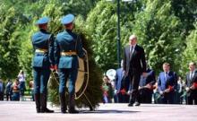 Путин чуть не прослезился у Вечного огня