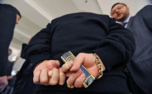 Кремль повысил зарплату чиновникам несмотря на кризис