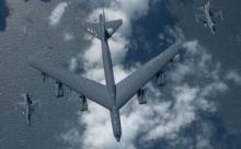 Ядерный бомбардировщик B-52 имитировал бомбардировку Балтфлота