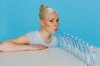 Многие диеты не работают без большого количества воды