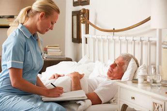 Тяжелобольных будут лечить и на дому