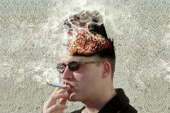 У молодых курильщиков старость наступает на 20 лет быстрее