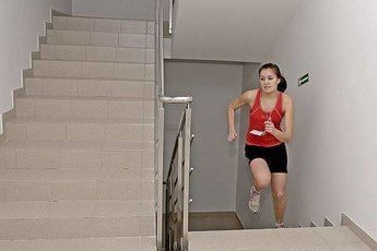 Подъем по лестнице - эффективный способ улучшить здоровье сердца