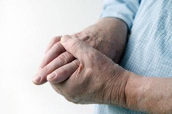 Тремор, его причины и способы лечения