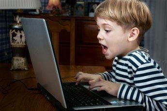 Детский мозг разрушается из-за увлечения компьютером
