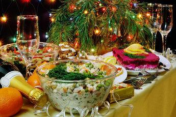 На что обратить внимание, накрывая праздничный стол