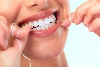 Как чистить зубы, чтобы продлить им жизнь