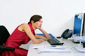 Полезней для здоровья сидеть с кривой спиной