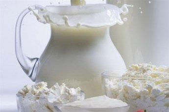 Какое молоко выбрать: обезжиренное или цельное
