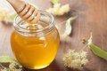 В одной капле меда более 70 компонентов, необходимых для здоровья человека
