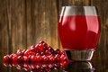 Клюквенный сок уменьшает у женщин боли в суставах