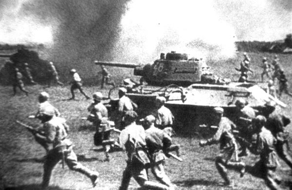 Setentenário do famoso tanque T-34
