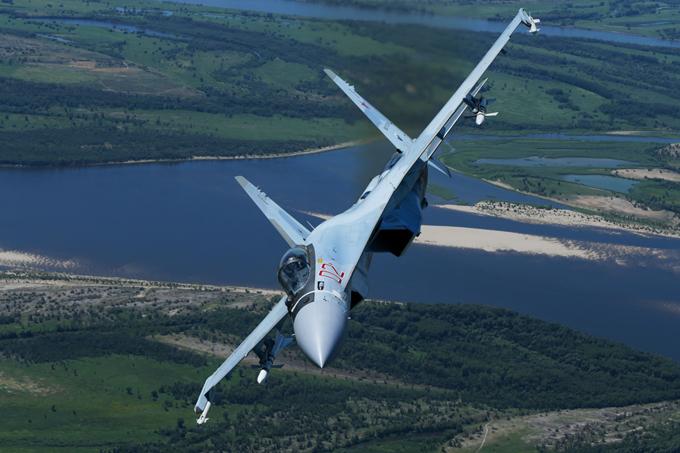 """""""Su-35"""" domina o céu"""