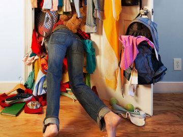 Как же добиться порядка в шкафу? Лайфхаки и секреты