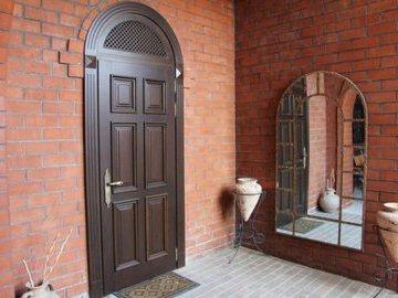 Пять фантастических преображений входных дверей