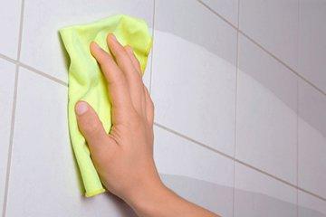 Как очистить плитку в ванной до блеска?