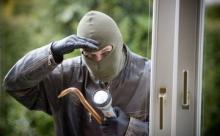 Как защитить свою квартиру от кражи
