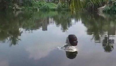 В Индии живет человек-амфибия