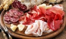 Врачи-онкологи запрещают увлекаться мясными деликатесами