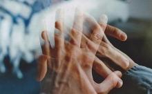 Пять знаков того, что с вами пытается связаться близкий умерший человек