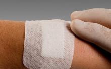 Создана повязка, быстро заживляющая рану