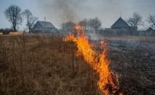 Хабаровск весь в дыму от горящей прошлогодней травы