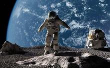 На Луне камни могут превращаться в воду