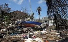 В конце 21-го века страшные ураганы сметут все на Земле